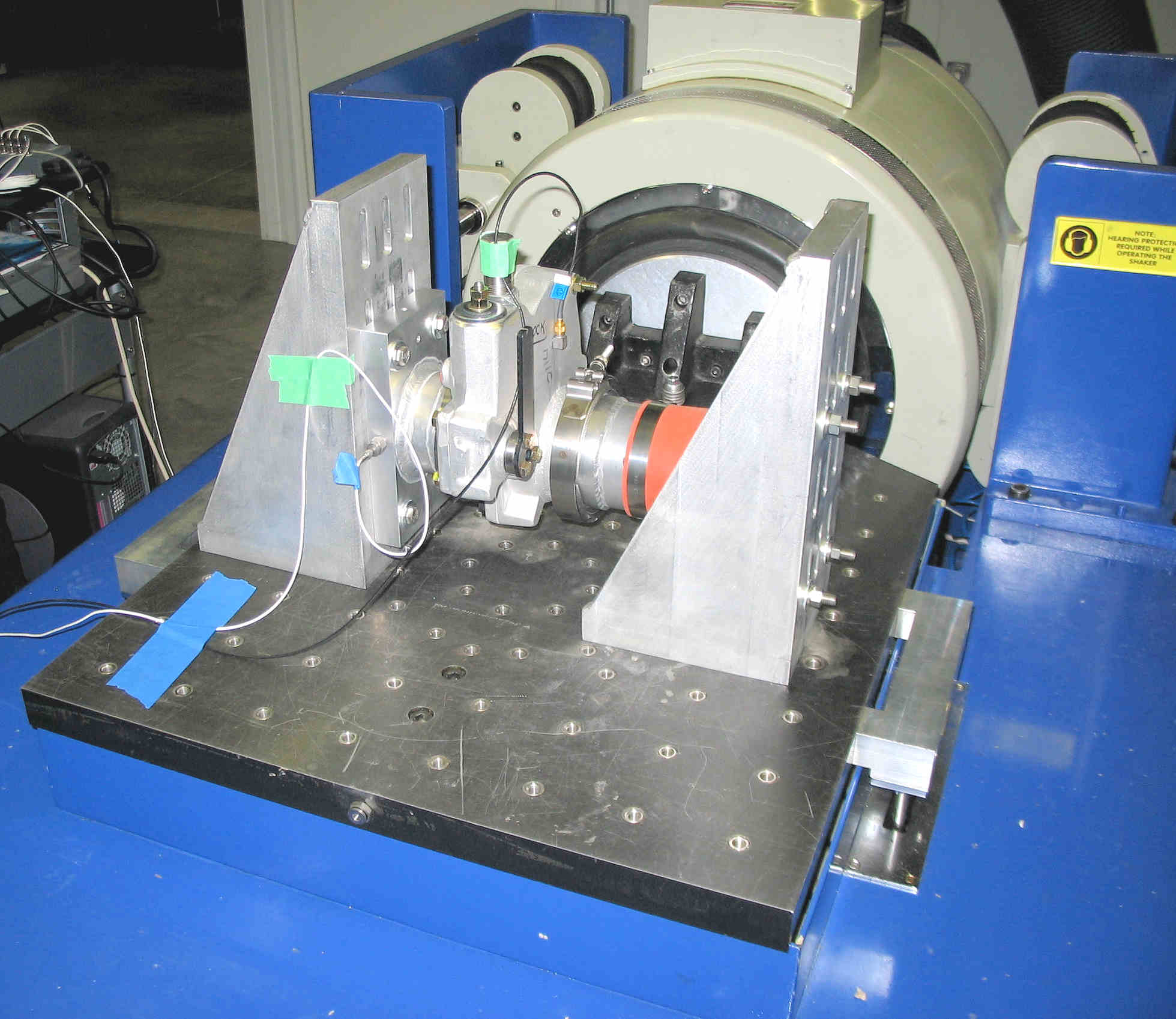 Design For Testing : Vibration testing services three axis ed shakers